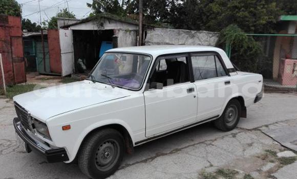 Comprar Usados Carro Lada 2107 Otro en Alacranes en Matanzas