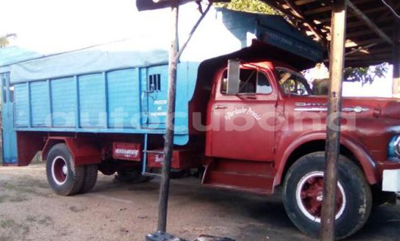 Comprar Usados Carro Ford 1952 Otro en Nuevitas en Camaguey