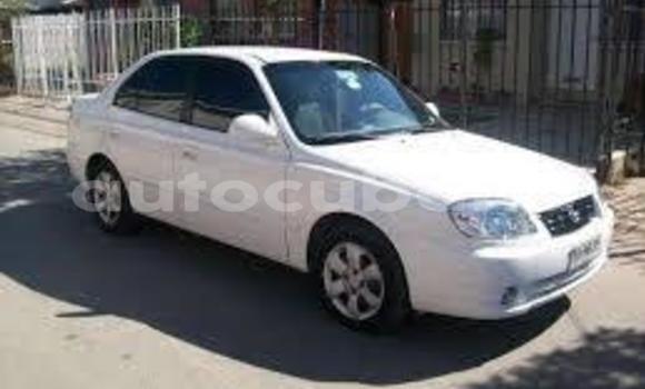 Comprar Usados Carro Hyundai Accent Otro en Cruces en Cienfuegos