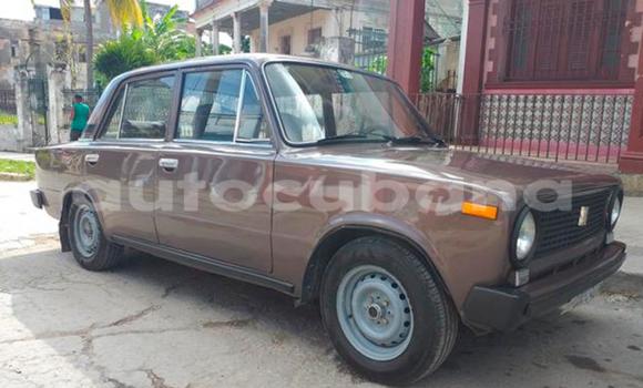 Comprar Usados Carro Lada 2101 Marrón en Havana en Habana