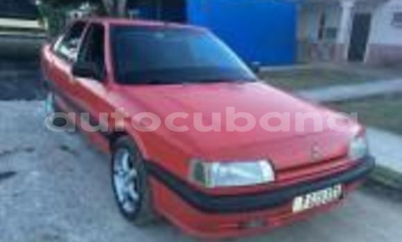 Comprar Usados Carro Renault 21 Rojo en Havana en Habana