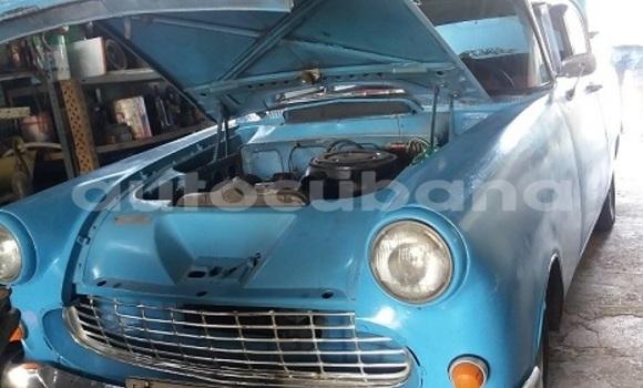 Comprar Usados Carro Opel record Azul en Havana en Habana