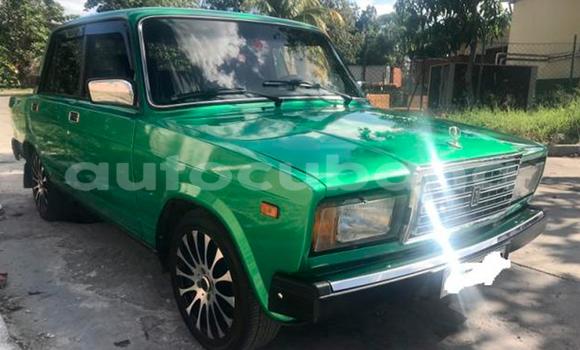Comprar Usados Carro Lada 2107 Verde en Havana en Habana